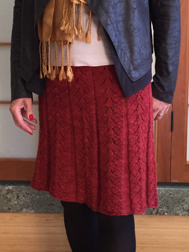Lacy Pleats skirt