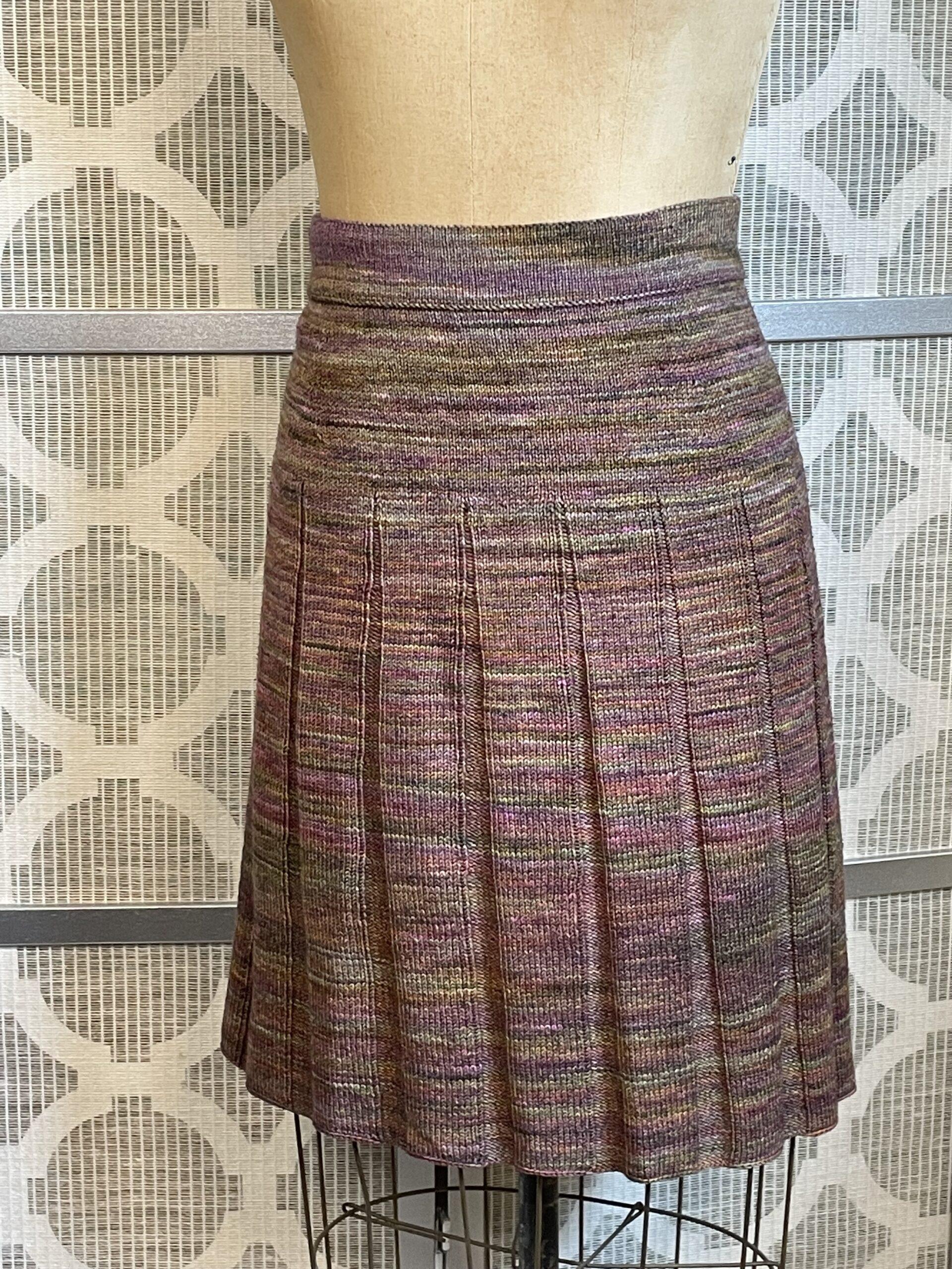 Custom-Fit Pleated Skirt
